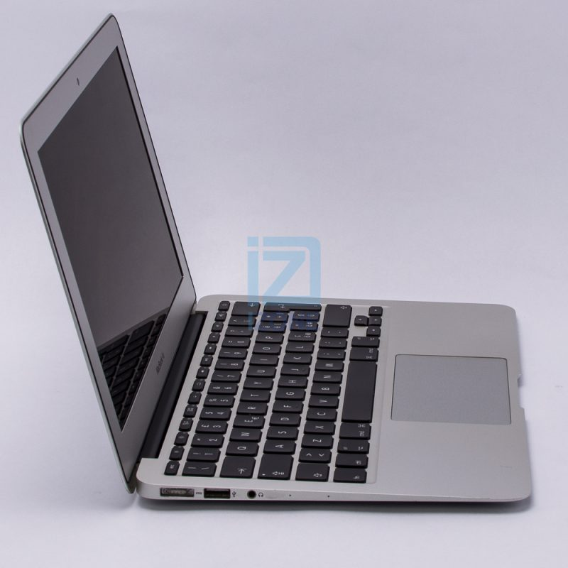 Apple MacBook Air A1465 (Mid 2013) – 10848