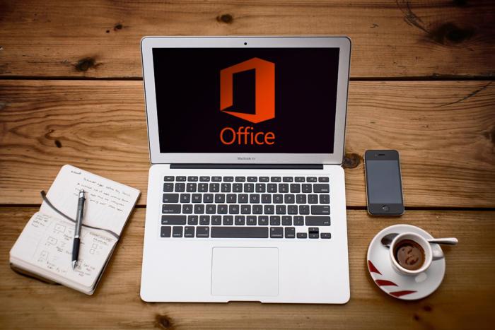 Лаптопи за офис работа и обучение