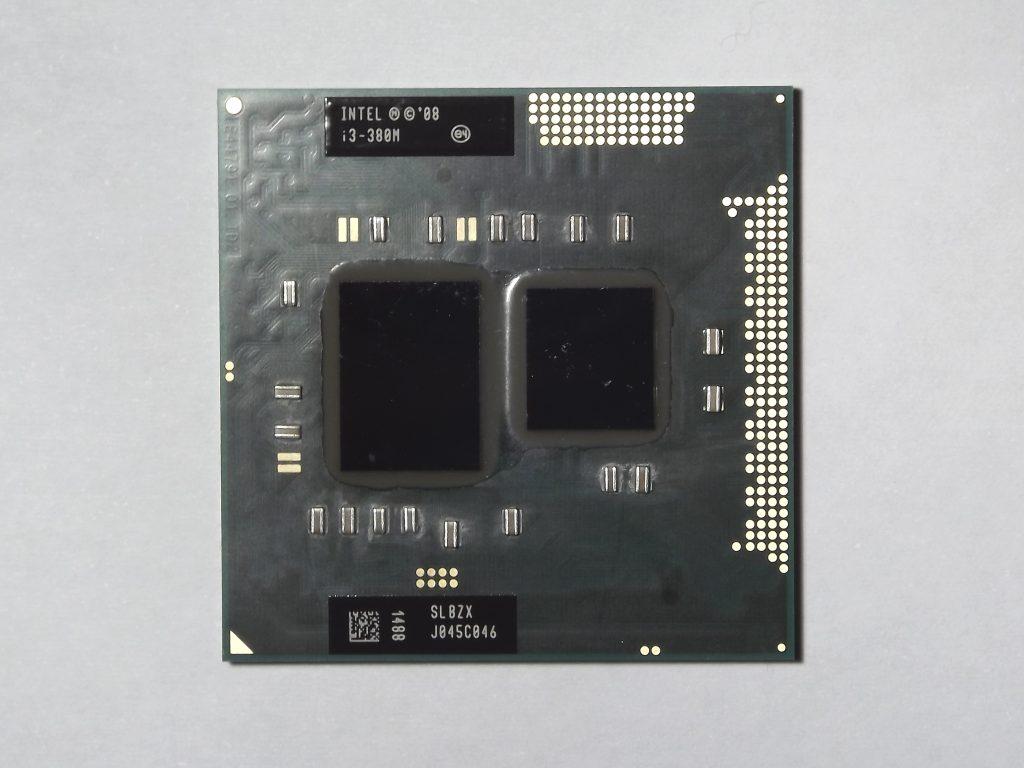 Лаптопи с Intel Core i3