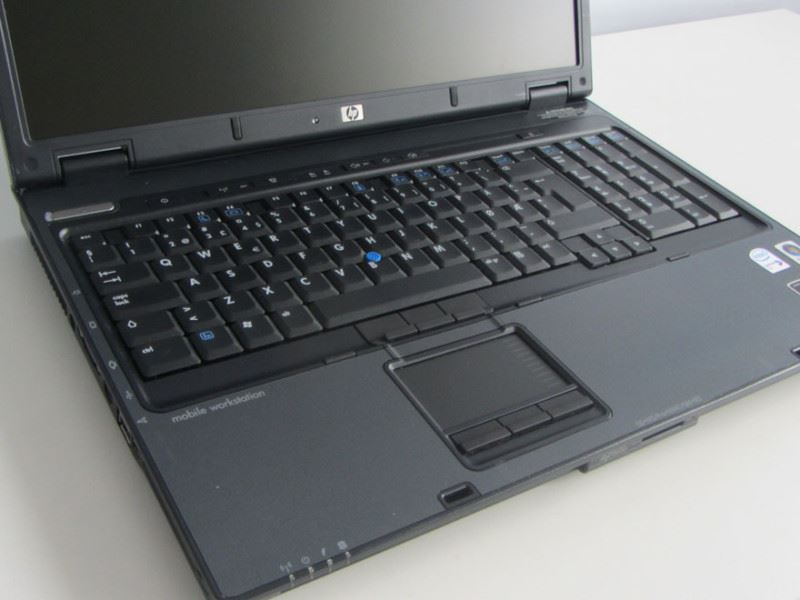 HP Compaq nw9440 Full HD – 2822