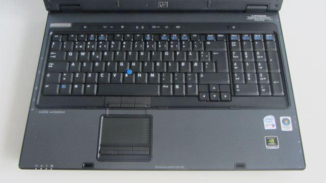 HP Compaq nw9440 Full HD – 2824