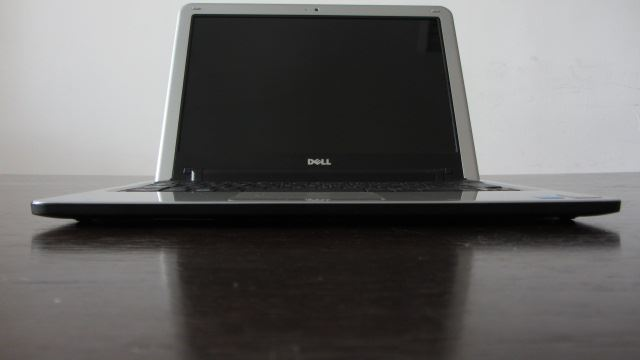 data-products-laptops-dell-inspiron-1210-dell_15_12
